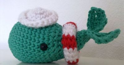 Sailor Whale by A la Sascha free crochet pattern on Ravelry at http://www.ravelry.com/patterns/library/sailor-whale