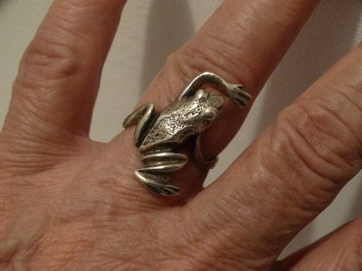 Sterling Silver Stamped Frog Ring Size 7 $48.00