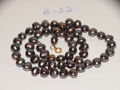 """14k Yellow Gold 7mm 18"""" Iridescent Black Peacock Free Form Pearl Necklace. $169.00"""