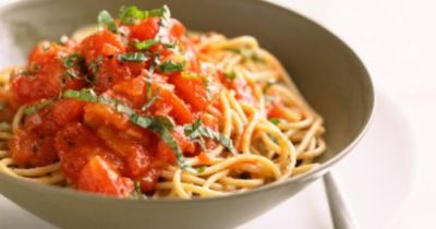 This Angel Hair Pasta Recipe Is An Olive Garden Knockoff Th Food Stuff Juxtapost
