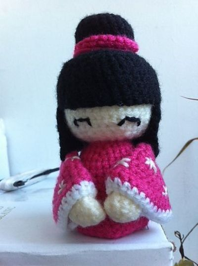 Amigurumi Kokeshi Dolls : Amigurumi Kokeshi Doll - FREE Crochet Pattern and Tutorial ...