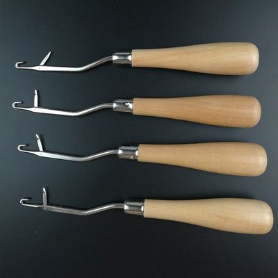 One Piece Wood Handle Angled Latch Hook Tool. 16cm Wooden Hair Puller and Rug Making Needle £6.69