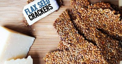 Since starting a ketogenic diet we've been on a never ending search for a good cracker. It's really the hardest void to fill in a keto diet. When we stumbled up