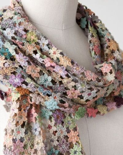 Sophie Digard crochet flower motif SCARF / crochet ideas and tips ...