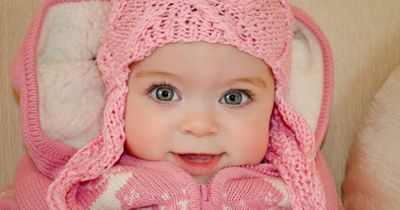 Sweet little girl - Look at those eyes - adorable! Remiinds me of my Lil Grand daughter 18 months..
