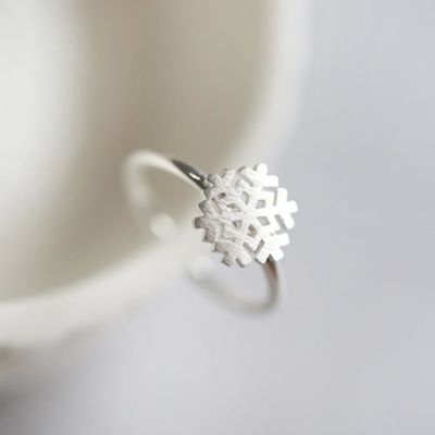 Sterling Silver Snowflake Ring £29.00