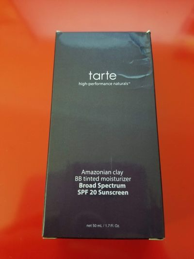 �Ÿ'‹�Ÿ'� Tarte Amazonian Clay BB Tinted Moisturizer SPF 20 Sunscreen - LIGHT $32.00 �Ÿ'‹�Ÿ'�