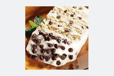 Cannoli Icebox Cake recipe > looks delicious!!! This is a must try. Perhaps for my hubby's birthday.