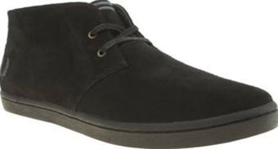 Fred Perry Black Byron Mid Suede Mens Trainers Add some premium suede to your mid-top collection this season, as Fred Perry provide us with their popular Byron profile. Dressed in all black, the upper features branded stitch detail in dark navy/gr http://...