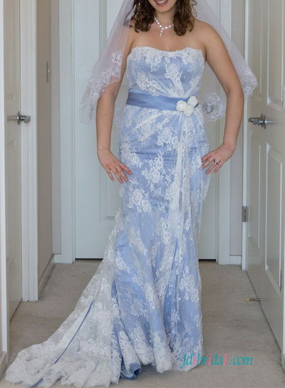 Lace Mermaid Wedding Dress Ireland : Strapless blue and white lace mermaid irish wedding dress
