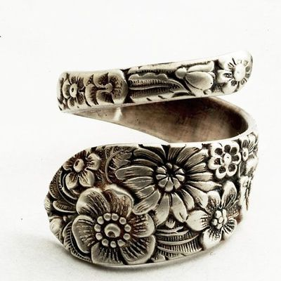 Unique Sterling Silver Spoon Ring. Love!