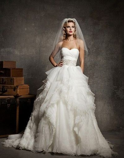 Used Justin Alexander 8640 Size 12 for $1100. You saved 44% Off Retail! Find the perfect preowned dress at OnceWed.com.