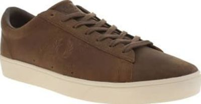 Fred Perry Tan Spencer Wax Leather Mens Trainers Fred Perry introduce the Spencer Wax Leather for the new season. Keeping its functional tennis shoe outline, this stylish trainer features a tan leather upper. Subtle embroidered Laurel Wreath brandin http:...