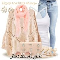 pastel sweater outfit idea