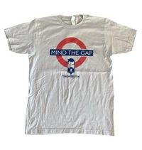 "LIMITED EDITION - THIGHBRUSH® - ""Mind the Gap"" - Men's T-Shirt - Silver Grey"
