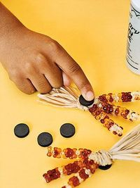 Beads + pipe cleaners + rafia + magnets = Indian corn magnet craft