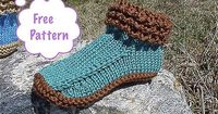 Crocodilly Mocs - women sizes S-XL - bulky wool - free pattern by Kris Basta