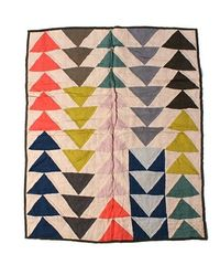 "Quilter's Pastiche this quilt looks ""modern"" no matter how ""old"" it is"