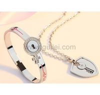 Real Lock and Key Jewelry Gift for Girlfriend Boyfriend by Gullei.com