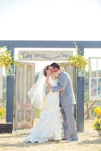 Yellow and Grey Wedding Ideas - rustic ceremony | Lindsey Gomes Photography | Glamour & Grace