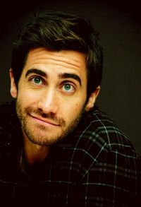 Jake Gyllenhaal, actor (I like his expression here!)