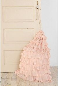 i love pretty things for Little One - ruffled laundry bag