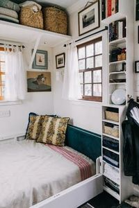 Haley and Michael built their perfect tiny house, packed with plenty of space-saving solutions and custom elements.