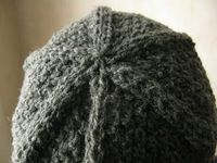 Asterisk hat free knitting pattern by Littletheorem, double moss stitch