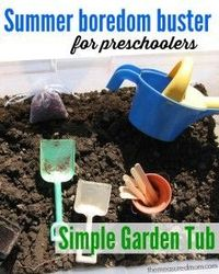 Looking for a summer boredom buster for toddlers and preschoolers? Create a simple garden sensory tub outside.