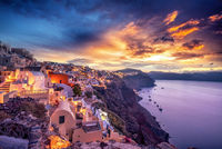 Wanna know why Santorini is the travel destination of your dreams? Check this out!