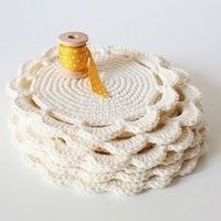 crochet coaster, crochet and coasters.