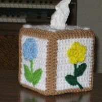 Decorate your tissue boxes with a fabulous free crochet pattern. If you like flowers then you'll love this design. Make your own floral boutique tissue box cove