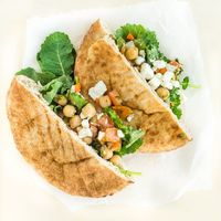Turn that package of pita pockets into a week of never-boring lunches with this tasty collection of ideas.