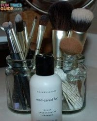 Best Makeup Brush Cleaners + How To Clean Makeup Brushes Yourself #beautytips