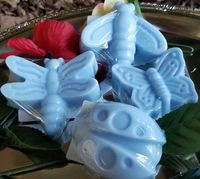 What's not to love about bugs, get set of 4 bug soaps, Butterfly, Lady Bug, and Dragonfly, and Bumble Bee $10.59