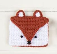 Ravelry: Crafty Fox Notions Bag pattern by Justyna Kacprzak