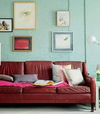 I was thinking that it would be fun to share 8 Great Living Rooms and detail why because it may inspire some of your own decorating ideas over the weekend. Plea