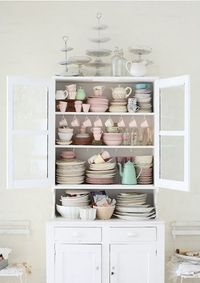 for some reason I like it ~ pastel dishes, looks homey