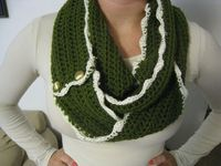 Antique style infinity cowl scarf by Flowersnfrills on Etsy, $24.00. Follow christinacrochets on Instagram