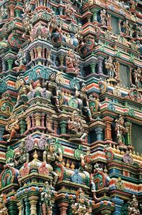 Meenakshi Temple, is a historic hindu temple on the southern banks of the river Vaigai, in the temple city of Madurai, Tamil Nadu, India.