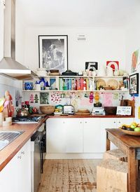 Colorful and compact kitchen #homedecor