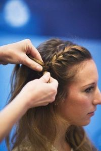 3 easy ways to upgrade your pony tail.