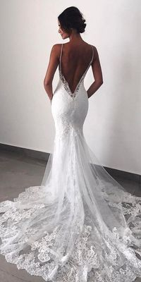 Mermaid wedding dresses are quite popular among bride. This kind of bridal dress has the function to draw attention to the bust, waist and hips.