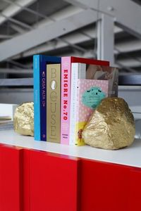 okay....gold leaf stones!!! mind blown...going to do this and use them as book ends as well!!!
