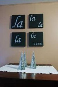 Who doesn't love decorative wall decor? Make Canvas Art and hang it around your house in anticipation of the season. You'll love this easy Christmas craft.