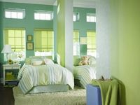 Aluminum Blinds are stylish window coverings that will become the centerpiece of your home. Aluminum Cordless Supreme Graber Blinds are ideal for environments with children and pets. They are easy to instal and maintain that you would not think of any oth...