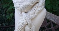 Braided free knitting pattern from Spud & Chloe. This simple scarf is great for learning i-cords!