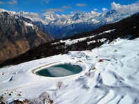 Auli in the Indian state of Uttarakhand is renowned for the fascinating ski resorts and stunning natural vistas. Bounded by the snowy peaks of the mighty Himalayas, this hilly terrain offers the enchanting sceneries of oak fringed slopes and coniferous fo...