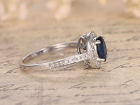 1.03CTW OVAL CUT BLUE SAPPHIRE AND DIAMOND ENGAGEMENT RING 14K WHITE GOLD MILGRAIN HALO