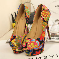 SWEET COLORFUL FLOWERS PRINT PLATFORM SEXY HIGH STILETTO HEEL SHOES Price:$32.99